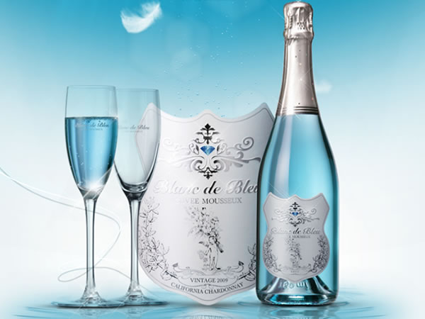 薄っすらブルーが神秘的。女性ウケするスパークリングワイン